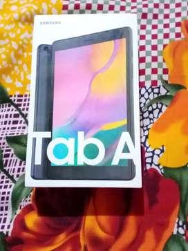 Samsung Galaxy Tab A 8.0 2GB RAM 32GB ROMwith wi-fi+4G Tablet (Black)
