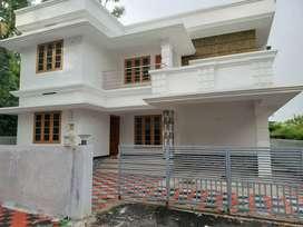 5 cent 1650 sft 3 bhk new build house at aluva choondy near vazhakulam