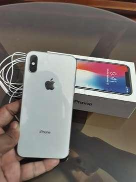 Iphone X ( 64gb white ) under warranty