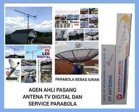 teknisi pemasangan baru parabola dan antena TV digital