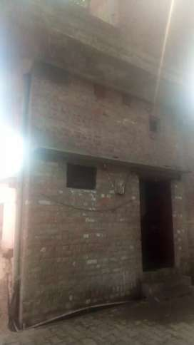 Urgent sell ready to move home main road par