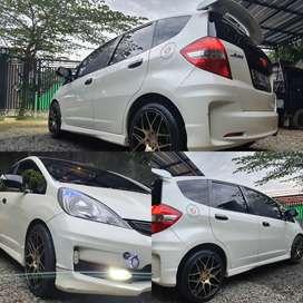 Honda jazz Rs matic 2012 warna putih