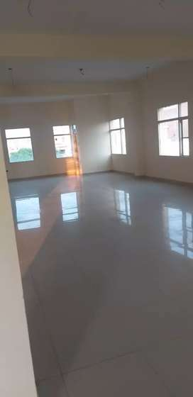 2200sqft 2nd Floor available in sector 82