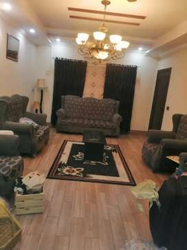 Fully furnished 10marla house for rent in bahria town phase #5