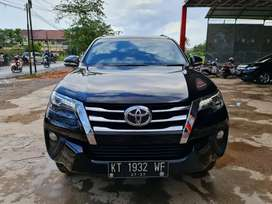 Toyota Fortuner SRZ Bensin 2017 AT istimewa
