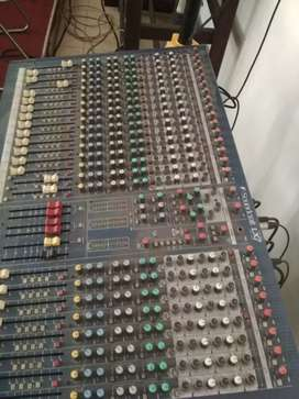 soundcraft lx7ii 24 chanel analog