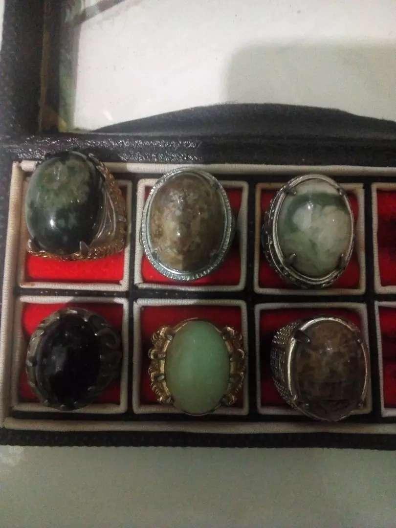 Batu cincin merk BadarLumut,pancaWarna,blackStart,doko 0