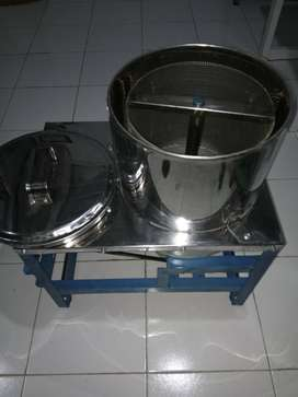(SWADAYA TEKNIK JOGJA) Peniris minyak kapasitas 3kg pakai mesin