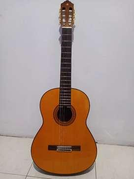Gitar Yamaha type C80