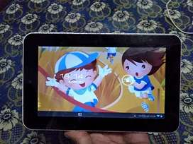 HCL ME Champ Tablet with Charger & Box