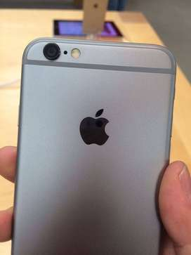 Apple i phone 6s Refurbished with big discount stock limited hurry!.