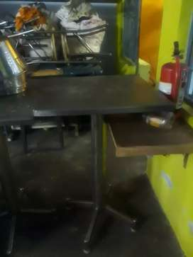 Standing table for hotel Availble 2 NOS