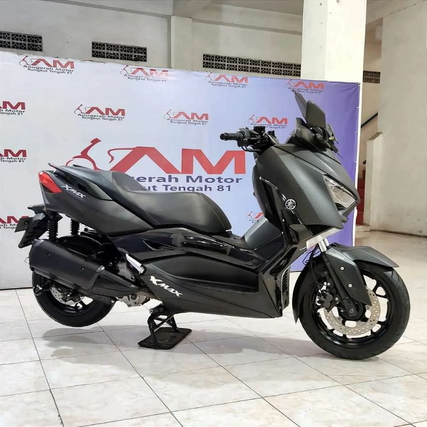 Yamaha Xmax 250cc abs km 7rb JOS. Anugerah motor rungkut tengah 81