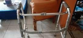 walker/ tongkat kaki 4 merek GEA