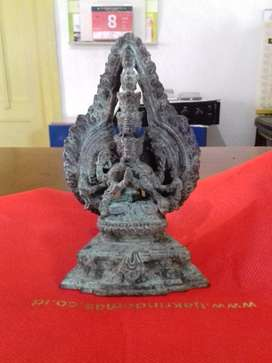 Patung  Buddha  Sakyawuni Perunggu