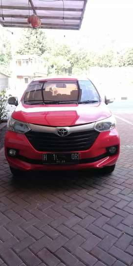Dijual BU. Toyota Avanza manual 2016 warna Merah plat H Semarang.