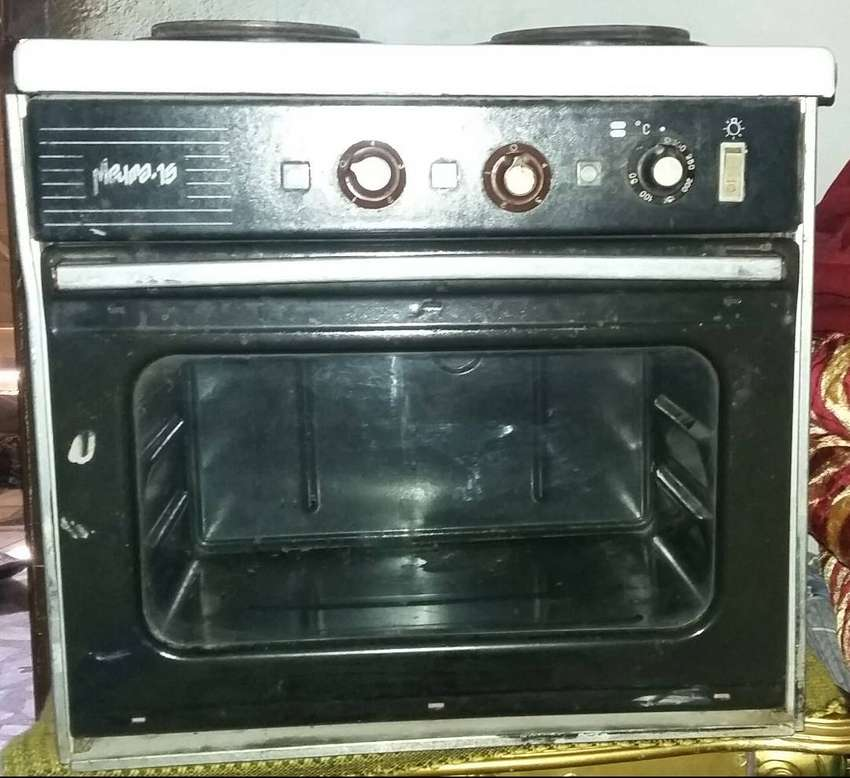 Electric Oven plus two burners in reasonable price. 0