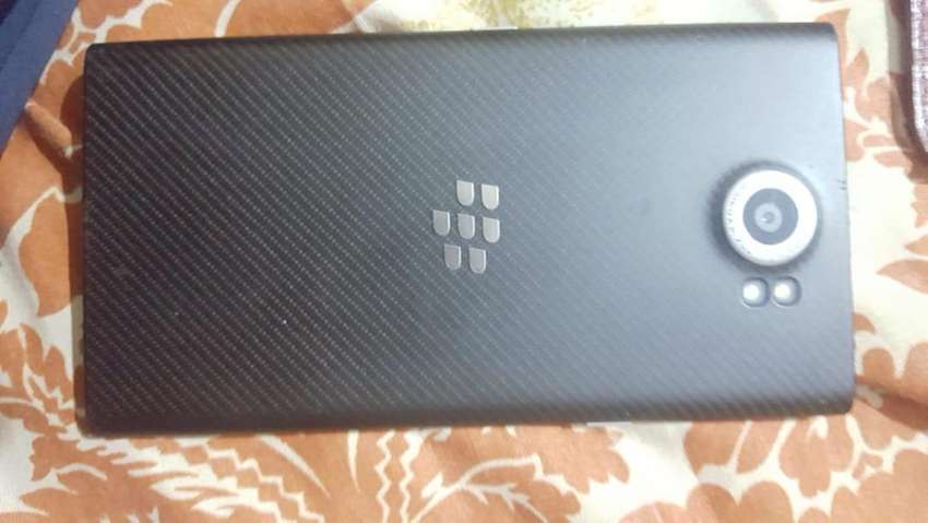 Blackberry Prive android phone with 18mp cam 3gb 32gb  slide  screen 0