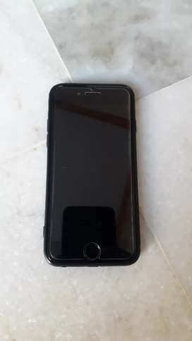 Iphone 6 32gb 3 years old good condition with bill box charger