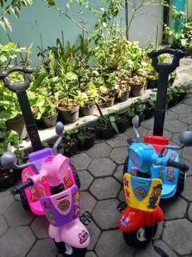 Mainan  sepeda scooter genjot Jogjatoyshop