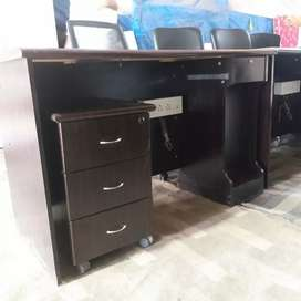 PC table and study table