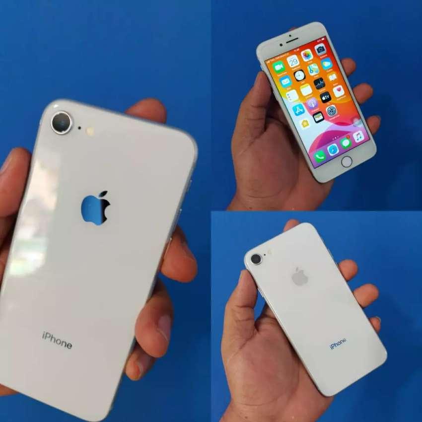 Iphone 8 64gb original inter garansi fullset 0