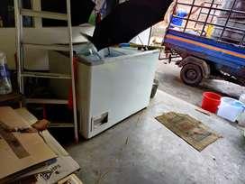 Deep fridge. Compresser not working