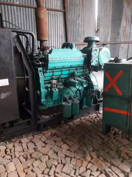 380 kva ,2001, Cummins Generator