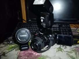 Nikon d52 camera with nikon speedlight flash light and tamron lens