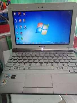 Jual Notebook Toshiba NB200, Ram 1 GB