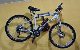 Sepeda Giant Bagus Keren Langka