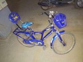 Kids cycle, Hero Sundancer
