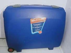 VIP ELANZA blue suitcase