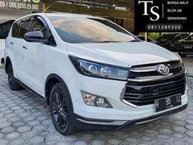 Innova Venturer 2.4 Diesel 2018 Automatic - Tt Innova Reborn Q V