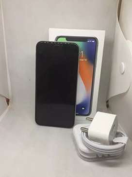 I PHONE X 256GB SILVER COLOUR BRAND NEW WITH WARRANTY
