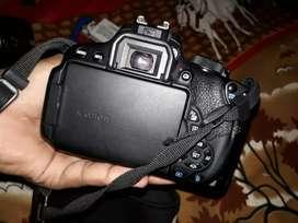 Canon 700d DSLR  camera