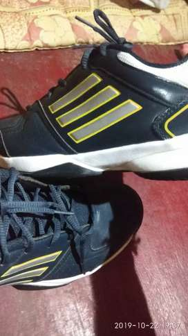 Adidas shoes... Not use this shoes... Because size problem..