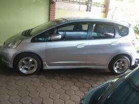 Honda Jazz RS Metic istimewa