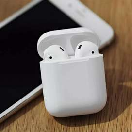 Apple Airpods Generation 2 With Wireless Charging Case