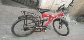 Red cycle hero turk