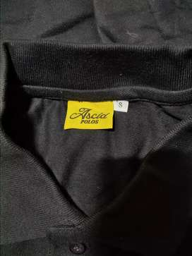 Cotton t-shirts in black and maroon colour