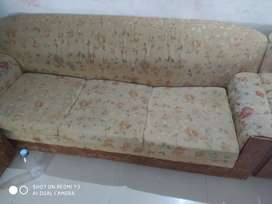5seater wooden sofa good condition
