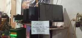Monitor 16 in Wide  LED& LCD + Kabel Lengkap