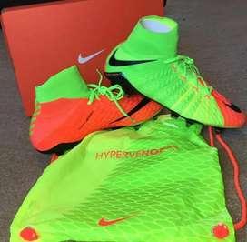Sepatu Bola Nike Hypervenom Phantom III FG