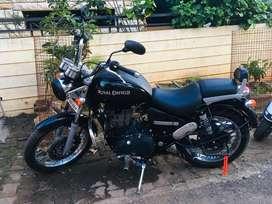 Thunderbird 350 ( black )