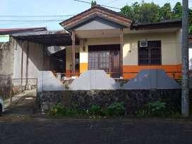 Dijual rumah Murah Bebas Banjir, Hijau Perumahan Kombos Permai Manado