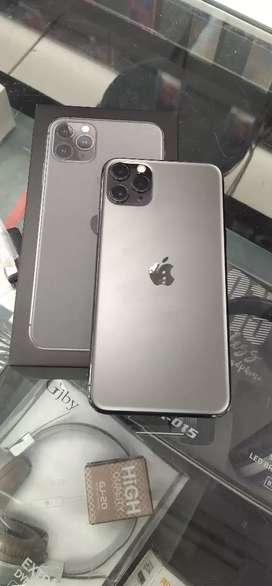 iPhone 11 pro Max (256Gb) urgent sale