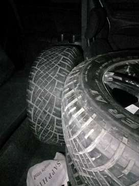 Tyre n alloy rims for sale