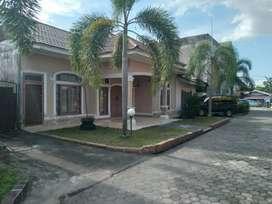 Rumah cluster tengah kota