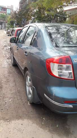 Rs.200000 - Sx4 top 2008 model worth accessories 50k